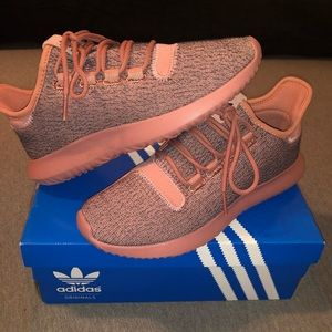ADIDAS TUBULAR SHADOW TACTILE ROSE SIZE 6.5.